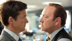 """HB-12292 (L-r) JASON BATEMAN as Nick and KEVIN SPACEY as Dave Harken in New Line Cinema's comedy """"HORRIBLE BOSSES,"""" a Warner Bros. Pictures release."""